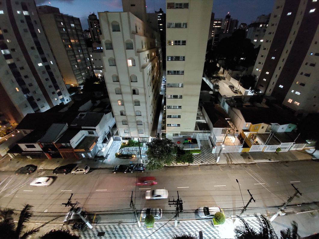 Foto tirada com a câmera traseira ultrawide do Galaxy A52 em modo noturno (Imagem: Paulo Higa/Tecnoblog)