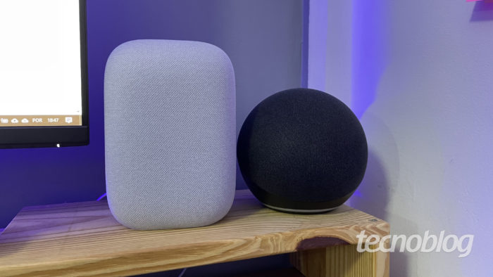 Amazon Echo (Alexa) and Google Nest Audio (Google Assistant (Image: Darlan Helder/Tecnoblog)