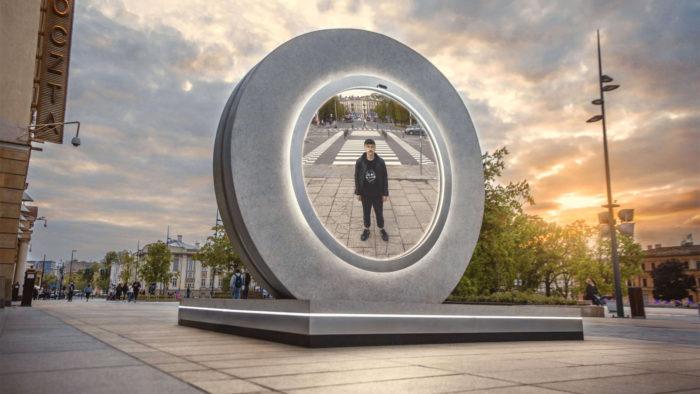 Portal em Lublin, na Polônia (Imagem: Crossroads/Divulgação)