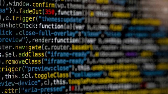 O que é um crime cibernético (Imagem: Markus Spiske/Unsplash)
