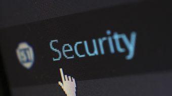 Google e Microsoft vão investir US$ 30 bilhões na cibersegurança dos EUA