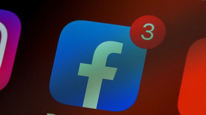 App do Facebook (Imagem: Brett Jordan/Unsplash)