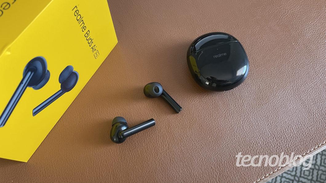 Realme Buds Air Pro (Image: Darlan Helder/Tecnoblog)