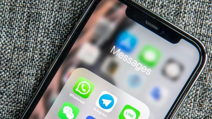 WhatsApp and Telegram (Image: Adem AY / Unsplash)