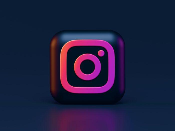 Instagram (Imagem: Alexander Shatov / Unsplash)