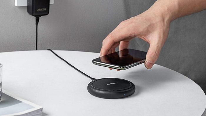 Carregador wireless Anker PowerWave II (Imagem: Divulgação/Anker)