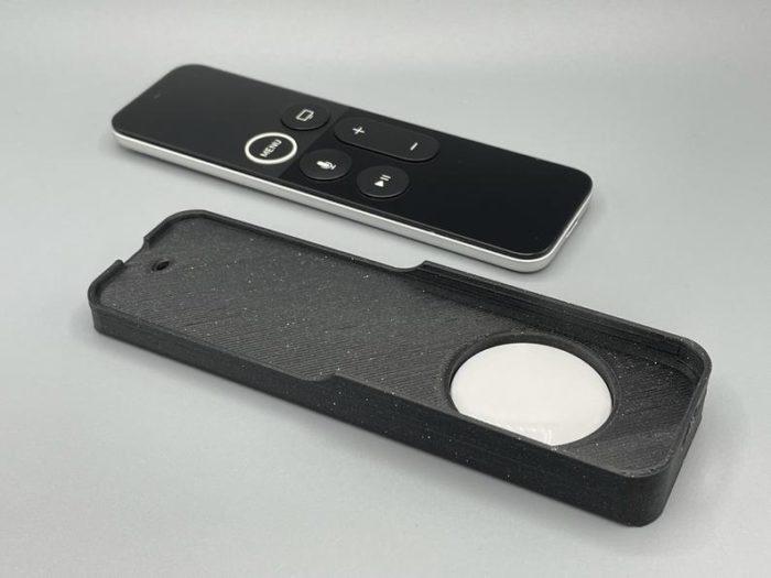 Capa para Siri Remote possui espaço para Apple AirTag (Imagem: Reprodução/PrintSpiredDesigns/Etsy)