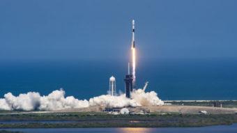 SpaceX bate recorde ao reusar foguete pela 10ª vez para satélites Starlink