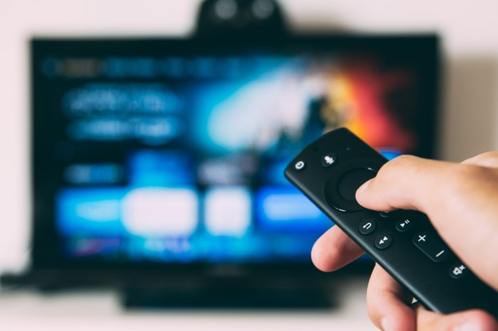 Serviços de streaming não terão que pagar Condecine (Imagem: Glenn Carstens-Peters/Unsplash)