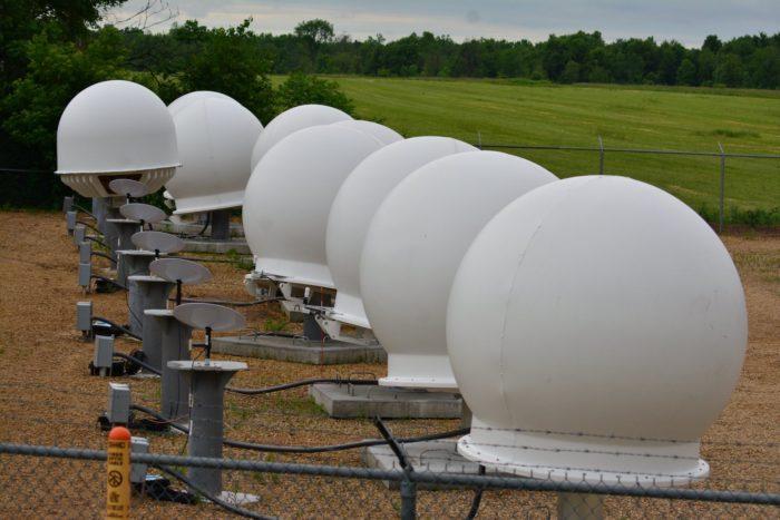 Antena para base terrestre da Starlink é homologada na Anatel (Imagem: darkpenguin22/Reddit)