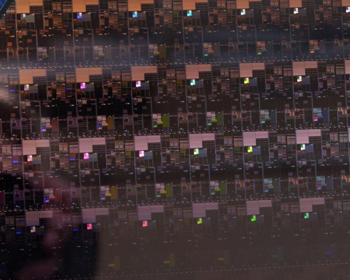 Wafer de chips de 2 nanômetros (imagem: divulgação/IBM)