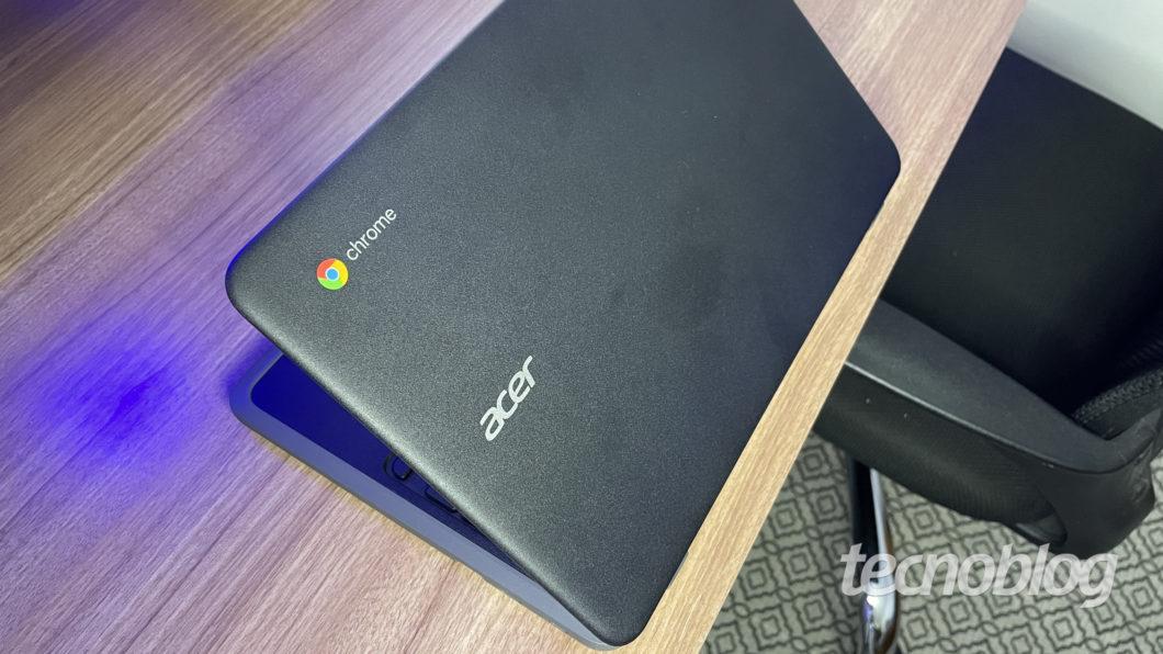 Acer Chromebook C733 (Image: Darlan Helder/Tecnoblog)