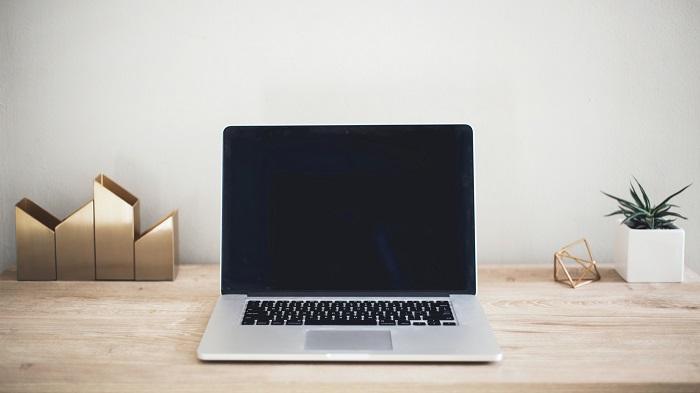 Como apagar a tela do Mac sem desligar ou repousar o sistema (Imagem: Kari Shea/Unsplash)