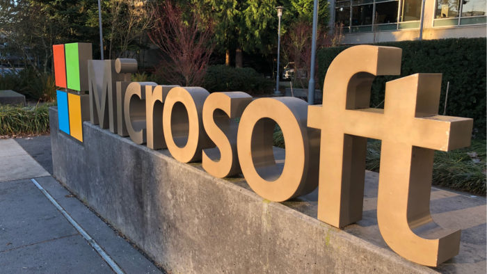 Logo da Microsoft, terceira empresa no mundo a atingir valor de US$ 2 trilhões (Imagem: Dion Hinchcliffe/ Flickr)