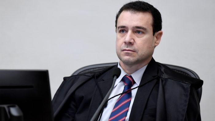 O ministro aposentado do STJ, Neri Cordeiro