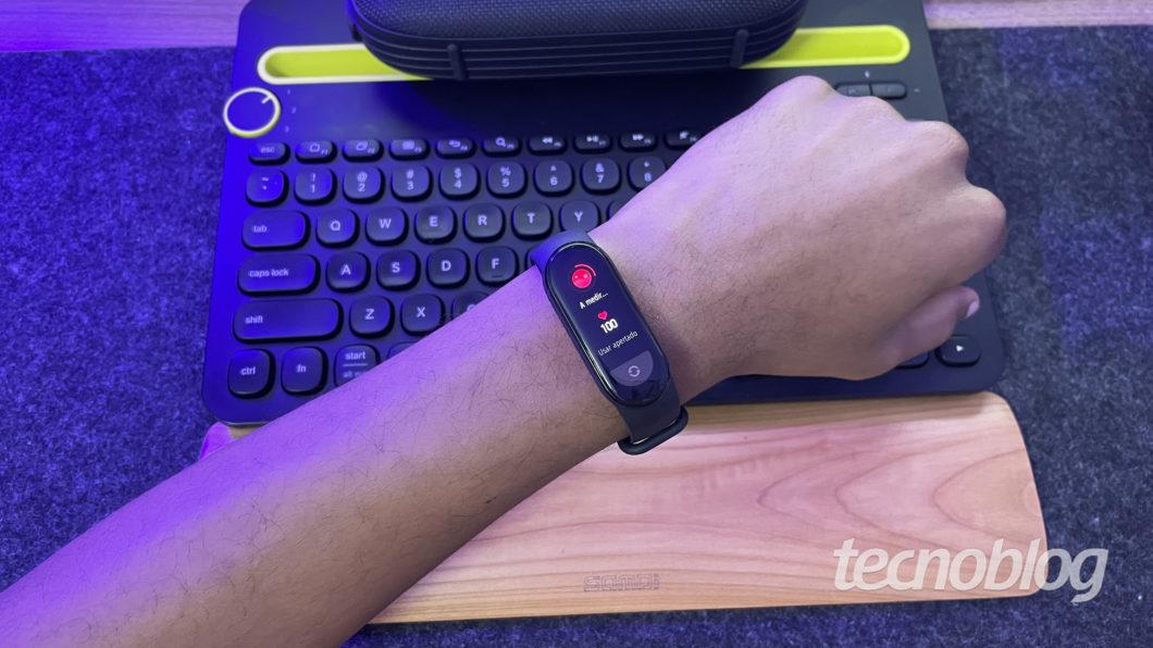 Xiaomi Mi Band 6 (Imagem: Darlan Helder/Tecnoblog)