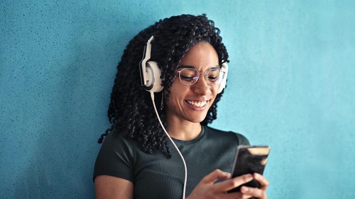Como apagar uma playlist do Apple Music / Foto de Andrea Piacquadio no Pexels