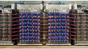Google usa IA melhor que humanos para projetar processadores de IA