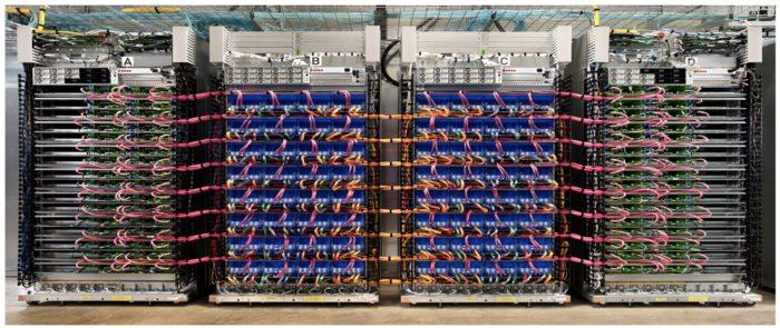 Datacenter do Google baseado em TPUs (imagem: divulgação/Google)