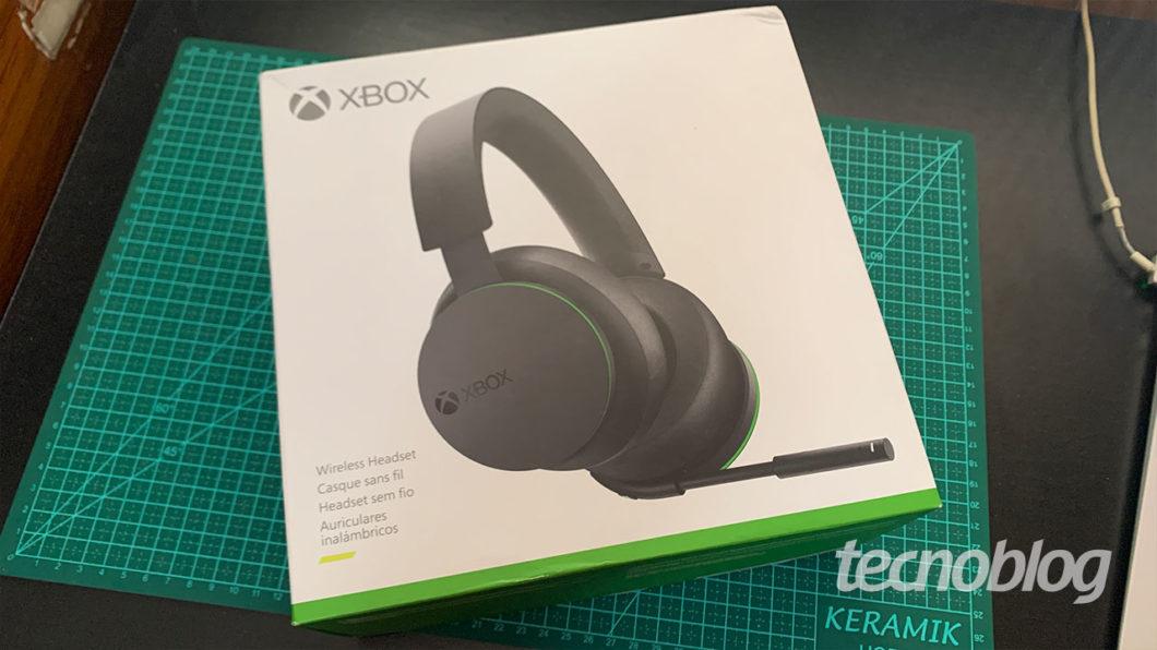 Caixa do Headset Sem Fio Xbox (Imagem: Felipe Vinha/Tecnoblog)