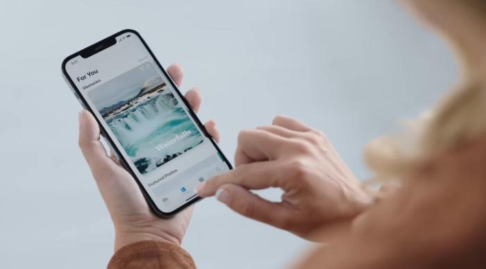 Apple traz ajustes para Memórias visando público do Google Fotos (Imagem: Reprodução/Apple)