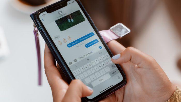 Como salvar mensagens de áudio no iMessage (Imagem: Rodnae Productions/Pexels)