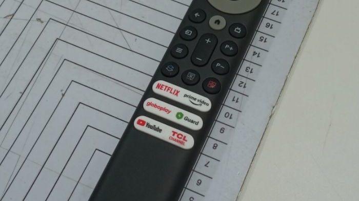 Controle da TCL tem novo botão para limpar memória do Android TV (Imagem: Reprodução/Anatel)