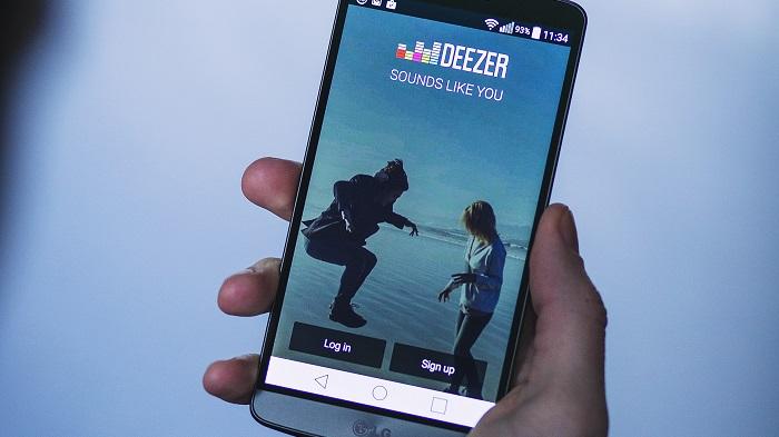 Como mudar o idioma do Deezer / Foto de freestocks.org no Pexels