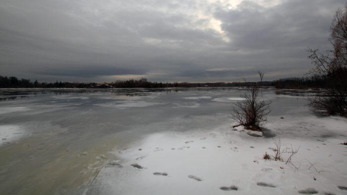 Lago Seneca, no norte do estado de Nova York, congelado no inverno (Imagem: Vlad Podvorny/ Flickr)