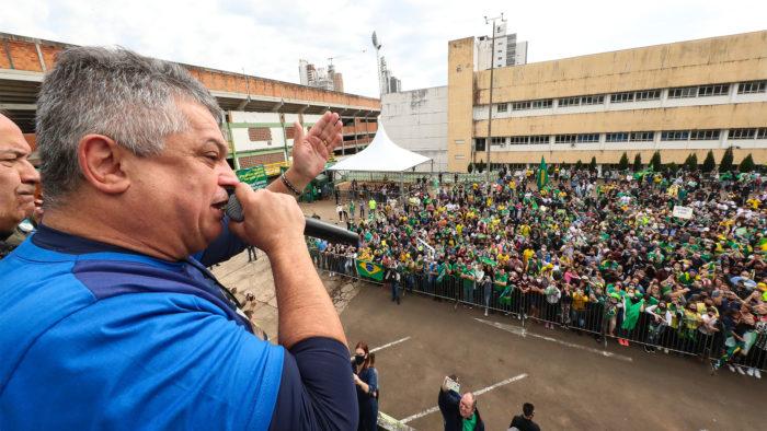 Mayor of Chapecó (SC) speaks in motorcycle from Bolsonaro held in the city (Image: Alan Santos/PR)