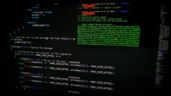 O que é backdoor em computação?