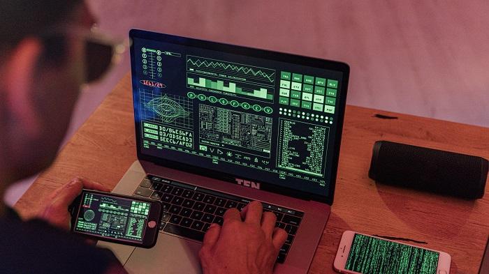 O que é o Pegasus spyware e o que ele afeta (Imagem: Anthony Shkraba/Pexels)
