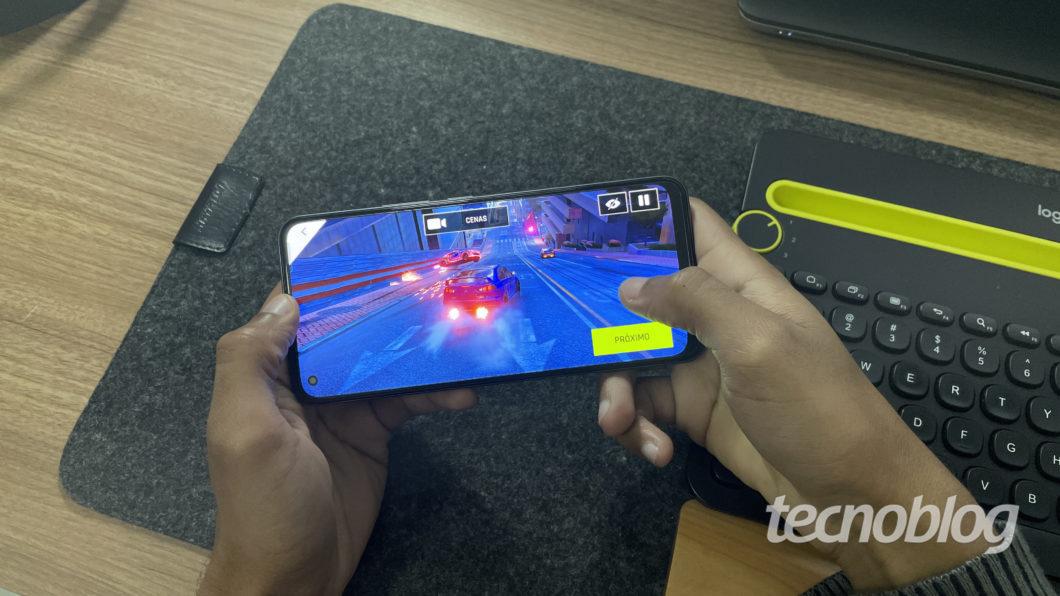 Realme 8 Pro (Image: Darlan Helder/Tecnoblog)
