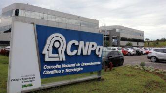 Sistema Lattes do CNPq volta após 10 dias fora do ar, mas com limitações