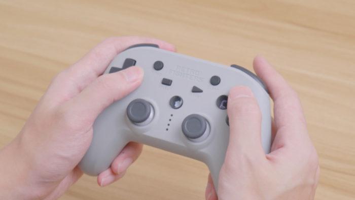Defender, controle sem fio para PS1 e PS2 da Retro Fighters (Imagem: Divulgação/Retro Fighters)