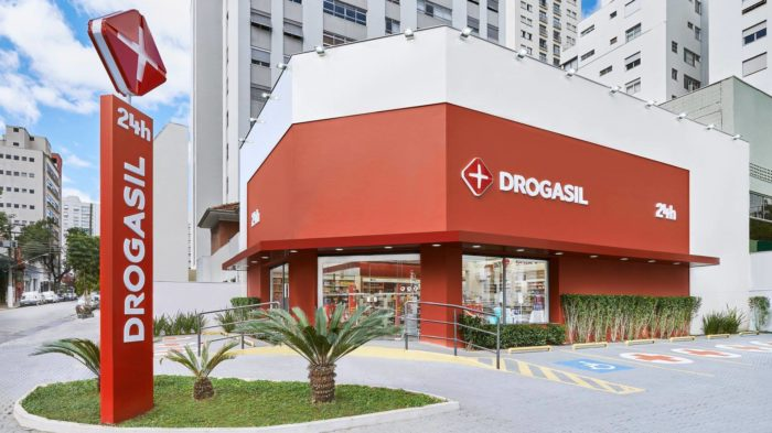 Drogasil (Image: Reproduction / Facebook)