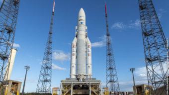 Novo satélite da Claro para internet e TV paga entra em órbita ainda este mês