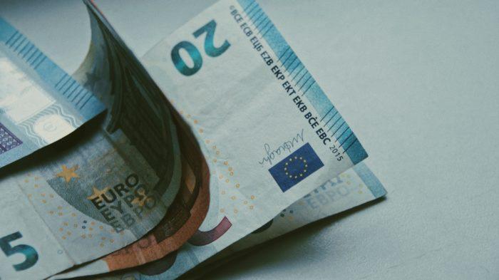 Banco Central Europeu da início a projeto de euro digital (Imagem: lilzidesigns /Unsplash)