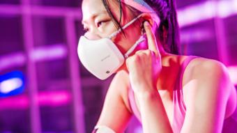 Máscara da LG agora tem microfone e alto-falante para não abafar sua voz