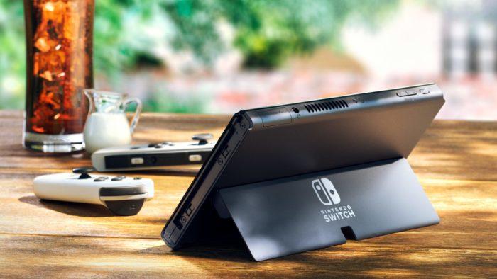 Apoio traseiro do Nintendo Switch OLED (Imagem: Divulgação/Nintendo)