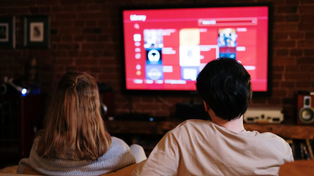 Cable TV lost nearly 1 million subscribers in 2020 (Image: Cottonbro/Pexels)