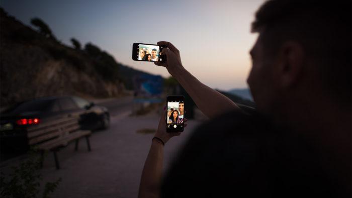 Selfies se tornaram proibidas em Dang, na Índia (Imagem: Alex Blăjan/ Unsplash)
