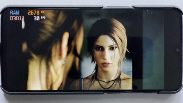 Tomb Raider rodando no Windows 11 ARM em um OnePlus 6T (Imagem: Reprodução/YouTube edi194)
