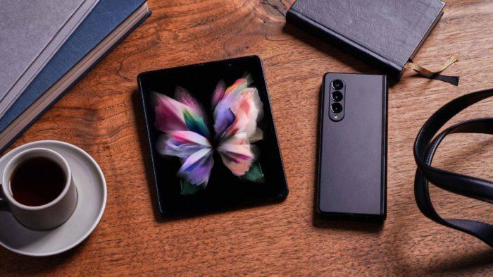 Galaxy Z Fold 3 (Imagem: Divulgação/Samsung)