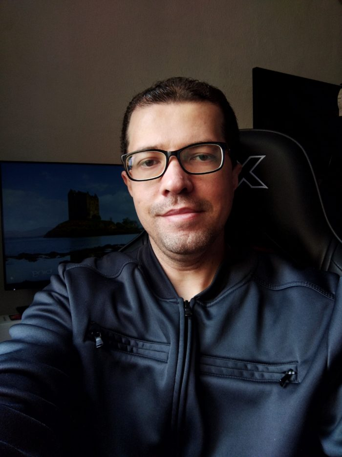 Selfie com o TCL 20 SE (imagem: Emerson Alecrim/Tecnoblog)