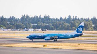 Celular da Samsung pega fogo em avião e passageiros são evacuados
