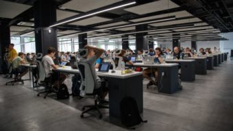 Ambev Tech, Via Varejo e outras empresas anunciam 600 vagas em tecnologia