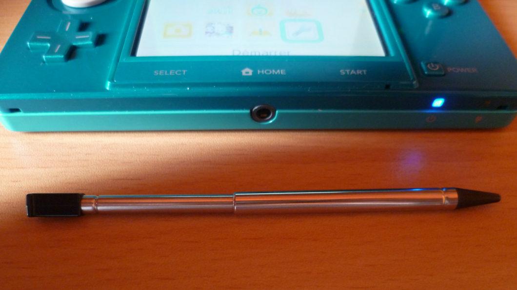 Caneta stylus do Nintendo 3DS (Imagem: Antoine Turmel/Wikimedia Commons)