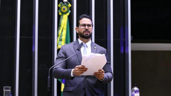O relator do projeto de privatização dos Correios, Gil Cutrim (Imagem: Najara Araújo/Câmara dos Deputador)