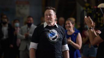 """Elon Musk diz que terá biografia escrita por autor de """"Steve Jobs"""""""